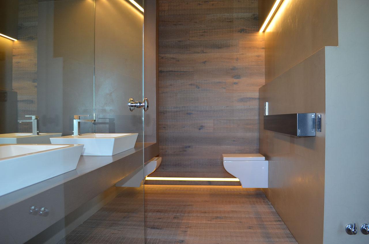 Rivestimento bagno legno buccione gallery - Rivestimento bagno legno ...